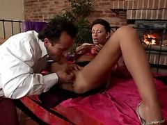 Brunette mature jums on cock