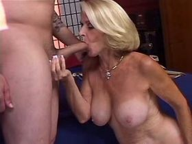 Blond old mature sucks and has fuck in doggy style