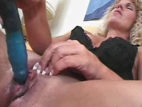 Old mature does blowjob and has hot fuck from behind