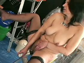 Elder brunette mature plays with dildo and has hot fuck