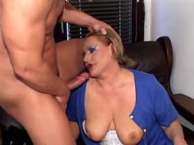 Hungry mature does blowjob and jumps on big cock