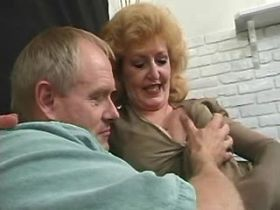 Chubby old mature sucks and has fuck in diff poses