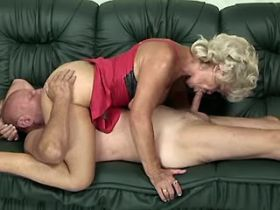 Blonde grandmother has sex on sofa and gets creampie