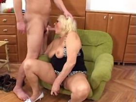 Blonde chubby mature hard fucks and gets facial