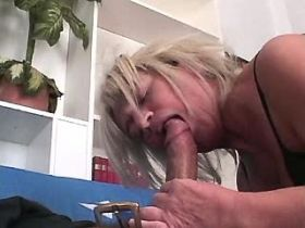 Aged mature fucks in all holes and sucks out cum