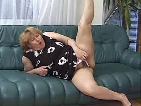 Aged chubby mature does blowjob and has hard fuck