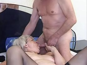 Granny has hard sex in diff poses and gets cumshot