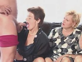 Depraved grannies suck cock in hot orgy with pleasure